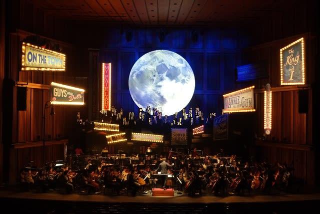 Sylvester Concert: Bernstein on Broadway! (2)